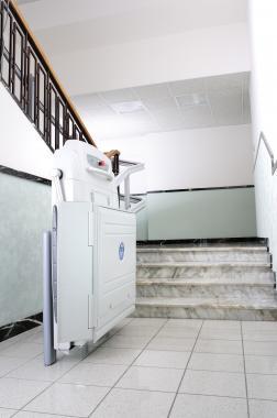 Supra platform lift